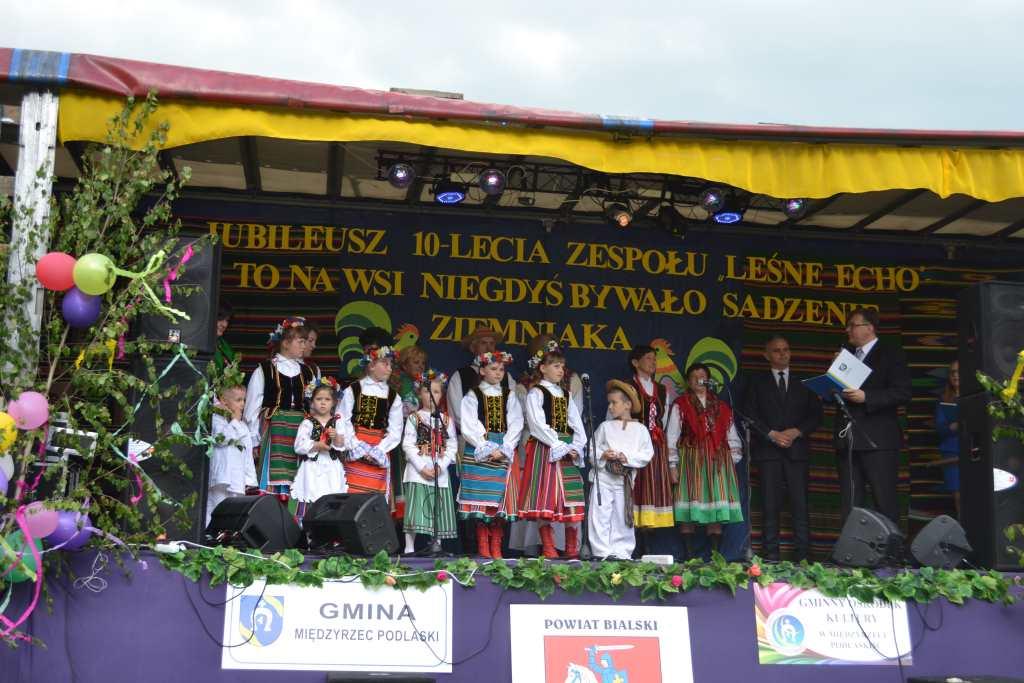 "Ludowe �wi�to ""Le�nego Echa"" z Za�cianek"