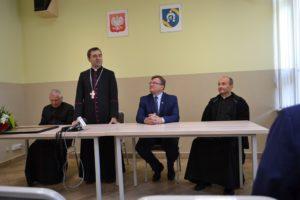 Wizyta biskupa Piotra Sawczuka w Urzędzie Gminy